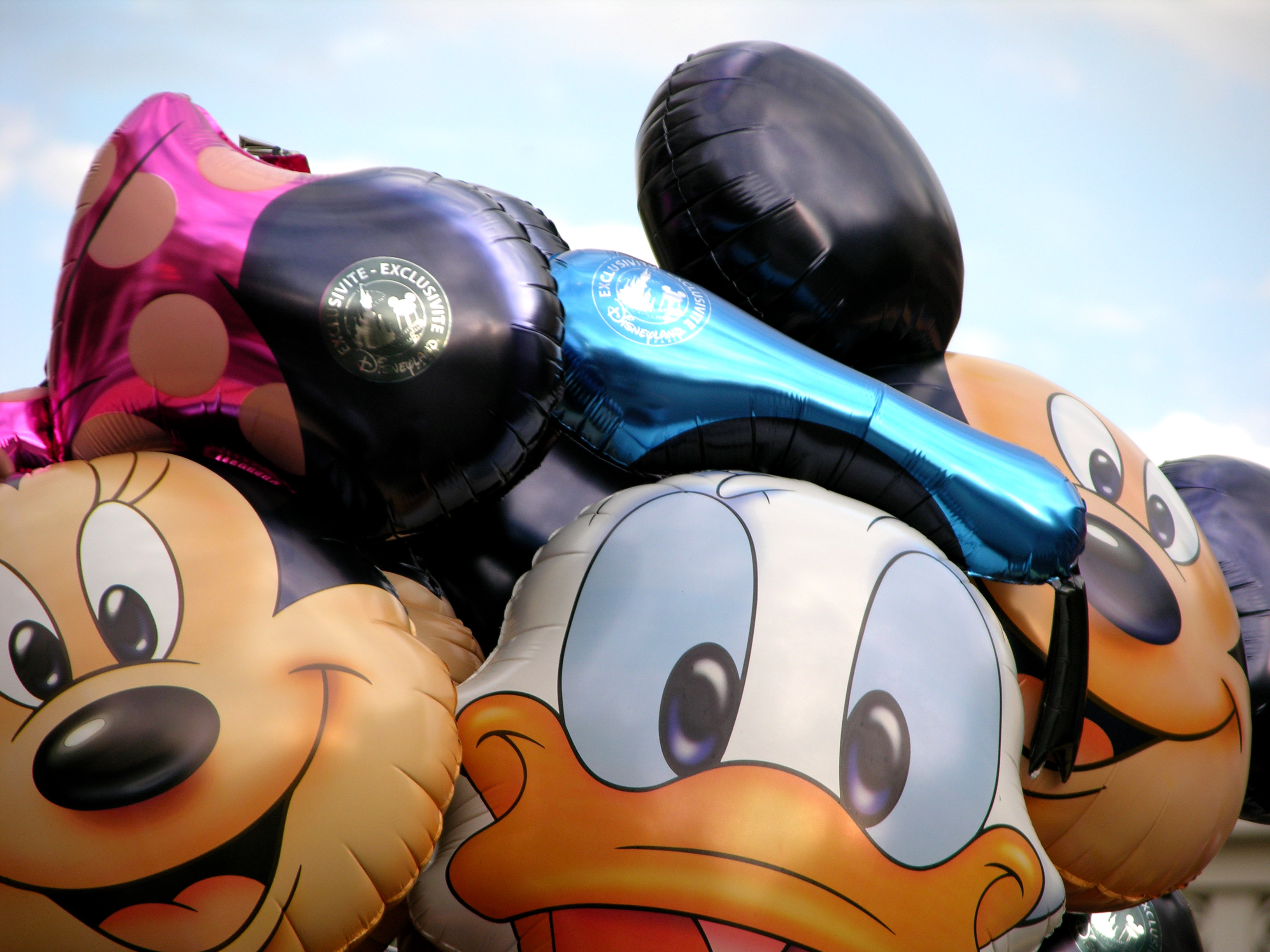 How to Plan a Disneyland Vacation